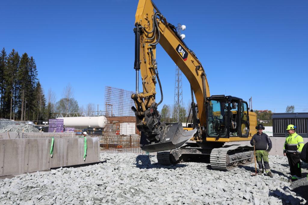 Store bygg krever store maskiner for avretting før gulvstøp